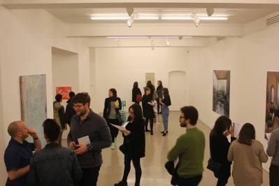 Gallery full of people