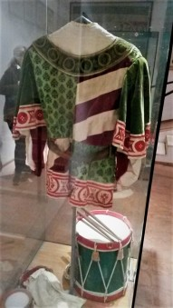 A Palio outfit for the Oca contrada. photo by Ellie Johnson.