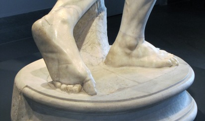 detail of feet