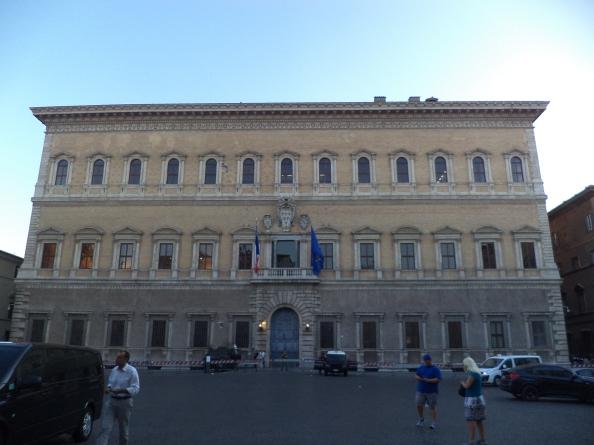 1. Palazzo Farnese